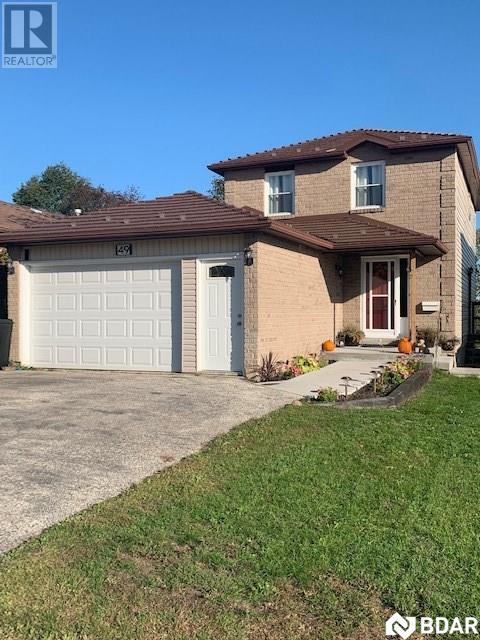 <h3>$1,100<small> Monthly</small></h3><p>49 Browning Trail Trail, Barrie, Ontario</p>